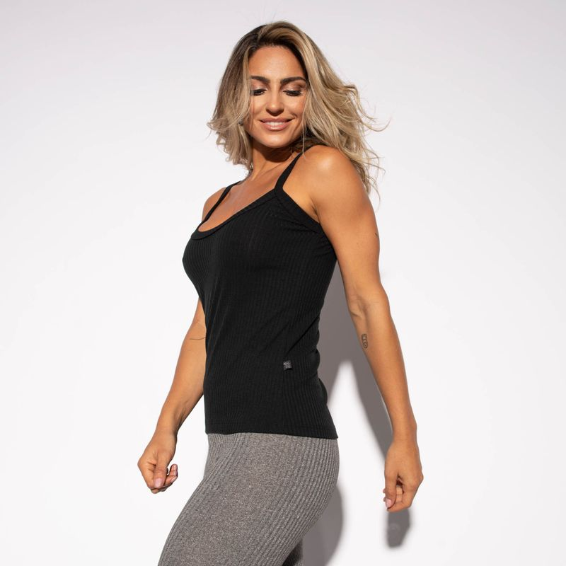 Camiseta-Fitness-Canelada-Preta-CT427