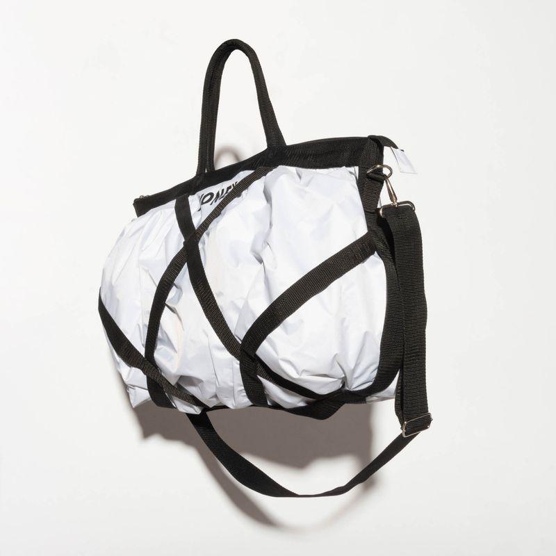BA056-Bolsa-Fitness-Cruzada-Branca