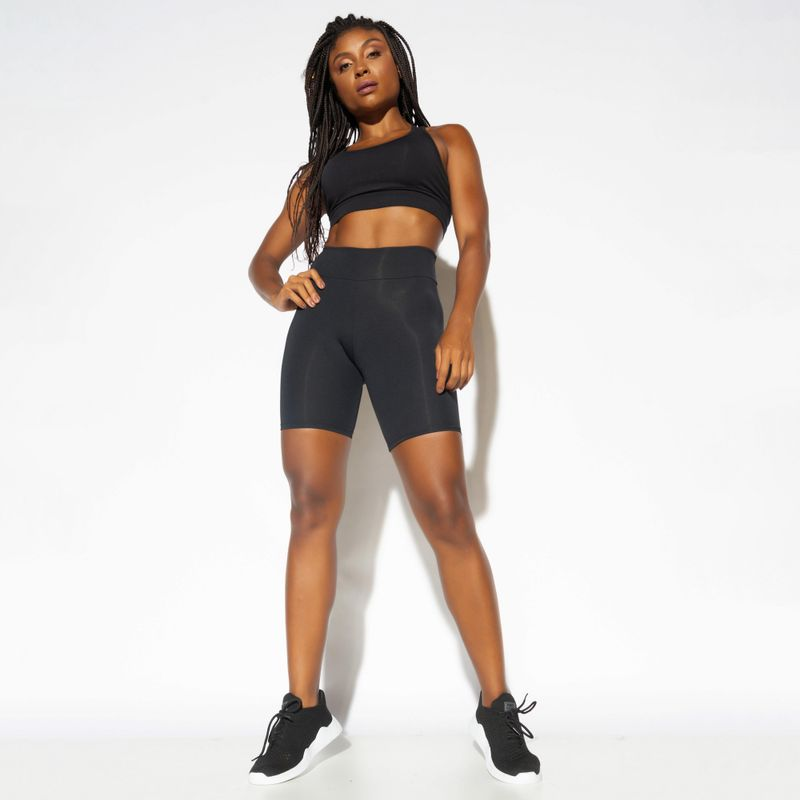Bermuda-Fitness-Poliamida-Lisa-Preta-BD128