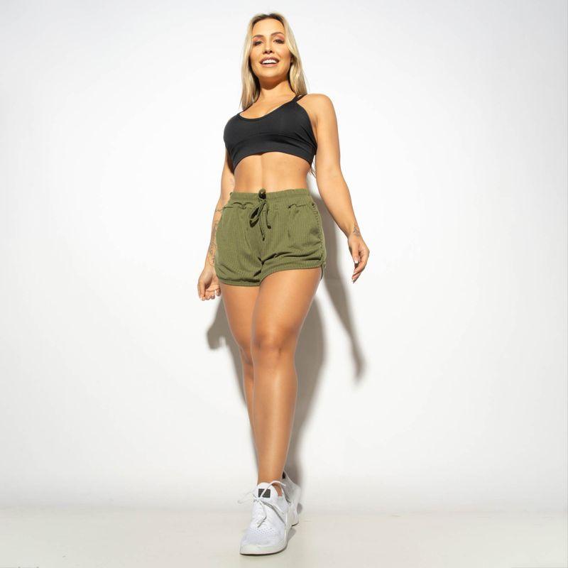Short-com-Bolso-Fitness-Canelado-Verde-Militar-SH503