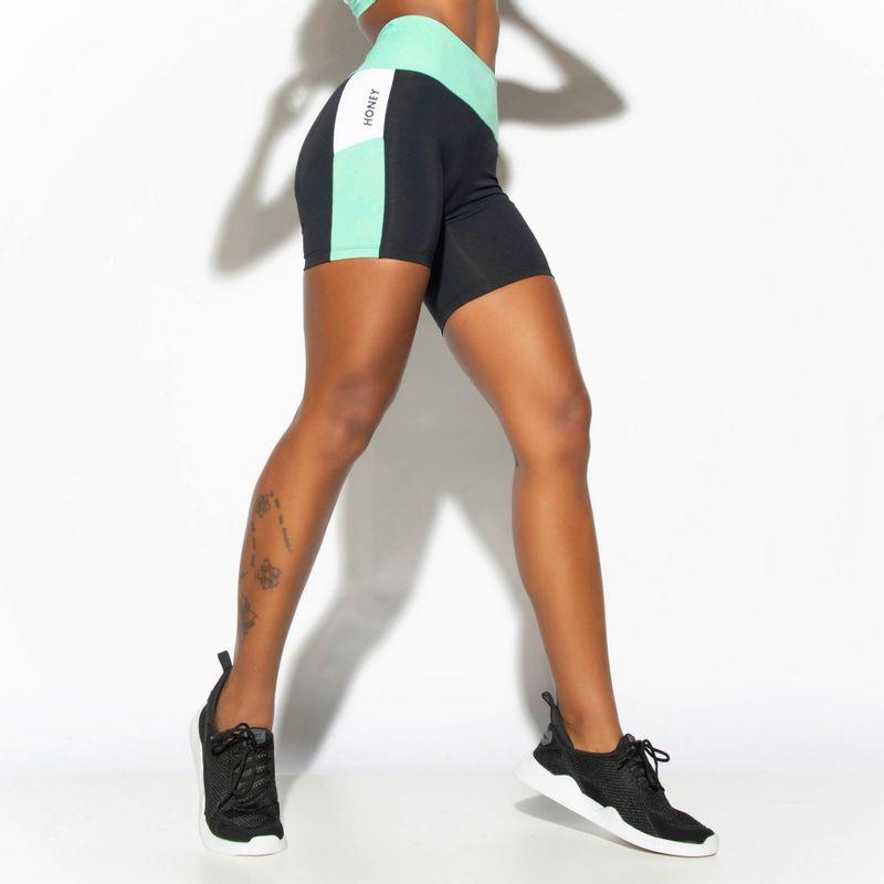 Short-Fitness-Verde-Power-com-Recortes-SH458